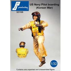 321105 - USNavy pilot boarding (Korean War)