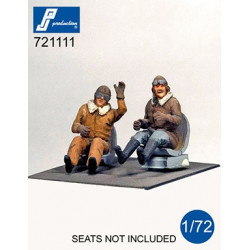721111 - WWI Pilots seated...